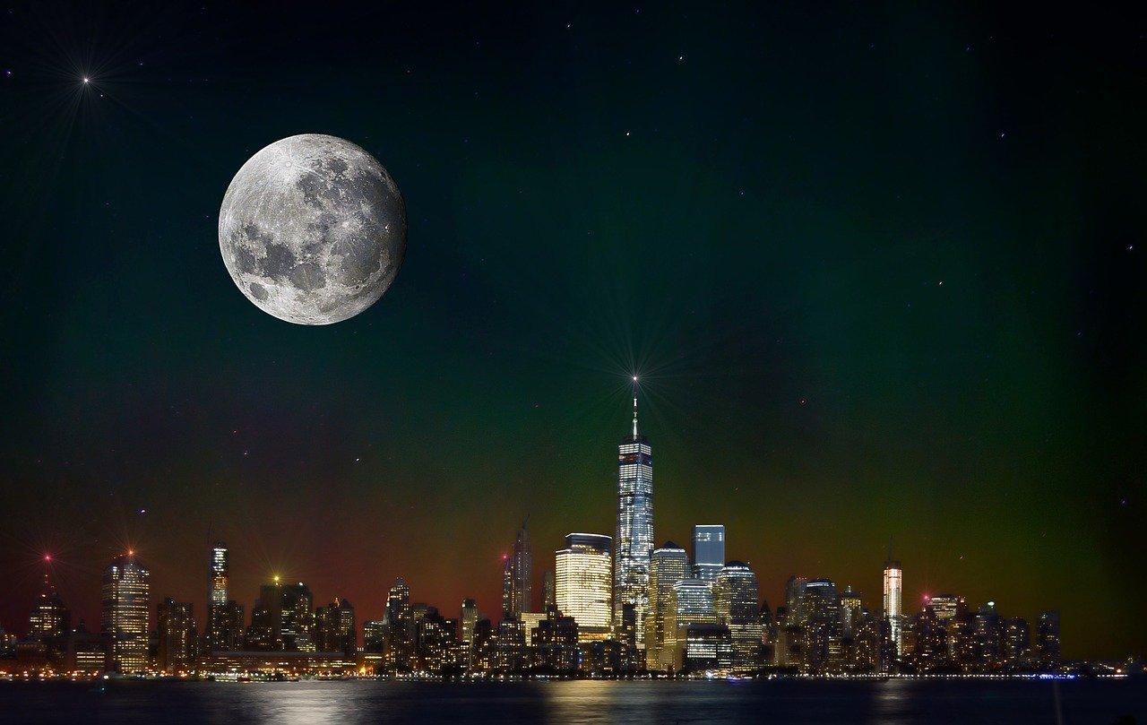 Les courtiers en billets de New York règlent les premières affaires d'application de la loi sur les ventes en ligne aux États-Unis